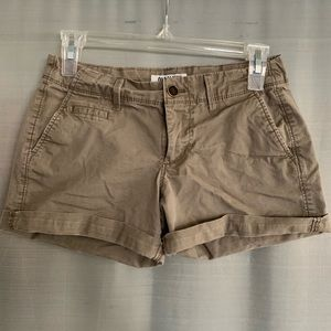 Old Navy taupe shorts
